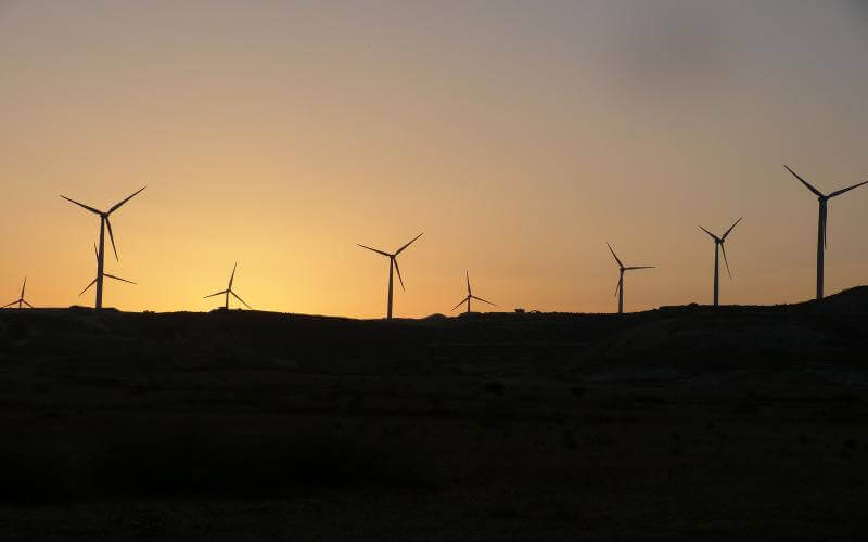 Electricity savings tips - Wind farm